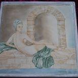 Beistelltisch mit abnehmbarer Platte.Motiv auf Porzellanfliese gemalt. Tischgestell von Hand gefertigt. 300,- € Art.: 1071