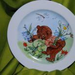Kindergeschirr, Teller mit Bärenmotiv, Ø 19cm. Spülmaschine und Mikrowelle geeignet. 85,- € Art.: 1015